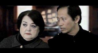Смотреть трейлер Christmas with Winston (2016)