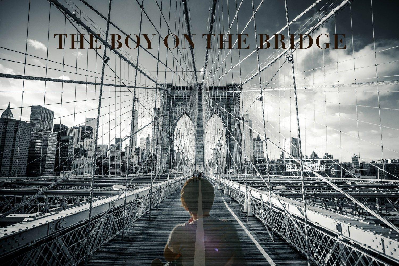 Смотреть трейлер The Boy on the Bridge (2017)