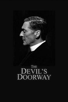Смотреть трейлер The Devil's Doorway (2018)